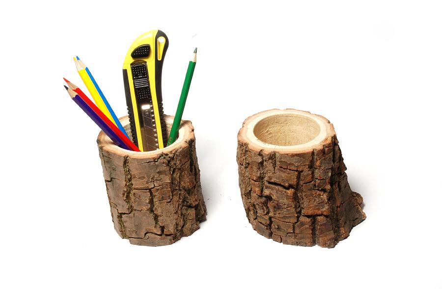 Подставка для карандашей из дерева